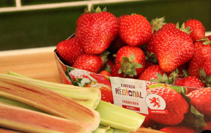Zuaten Erdbeer und Rharbarber